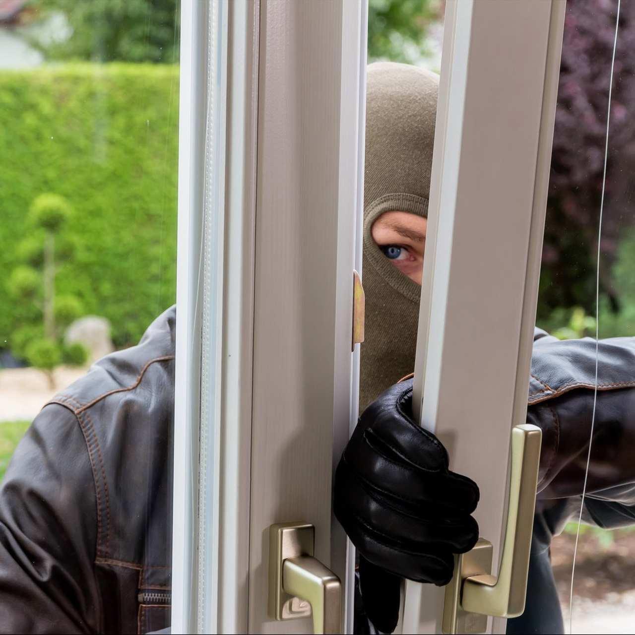 Schutz vor Einbrechern durch dezentrale Lüftung